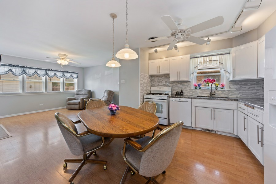 Real Estate Photography - 7252 N Overhill, Chicago, IL, 60631 - Kitchen / Breakfast Room