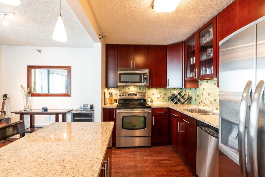 Real Estate Photography - 480 N McClurg Ct, Unit 920, Chicago, IL, 60611 - Kitchen