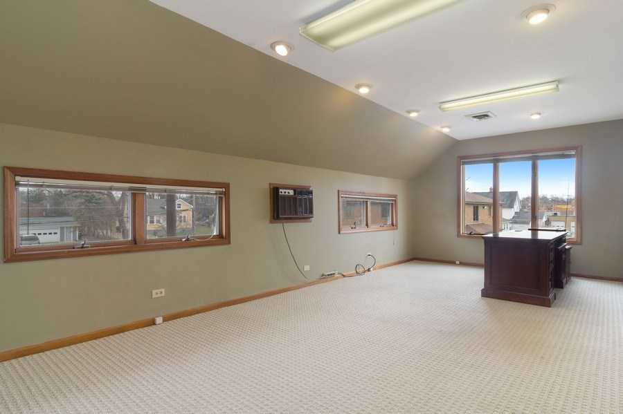 Real Estate Photography - 509 West Main Street, Barrington, IL, 60010 - Location 8