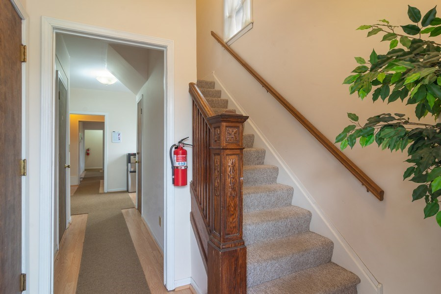 Real Estate Photography - 509 West Main Street, Barrington, IL, 60010 - Foyer