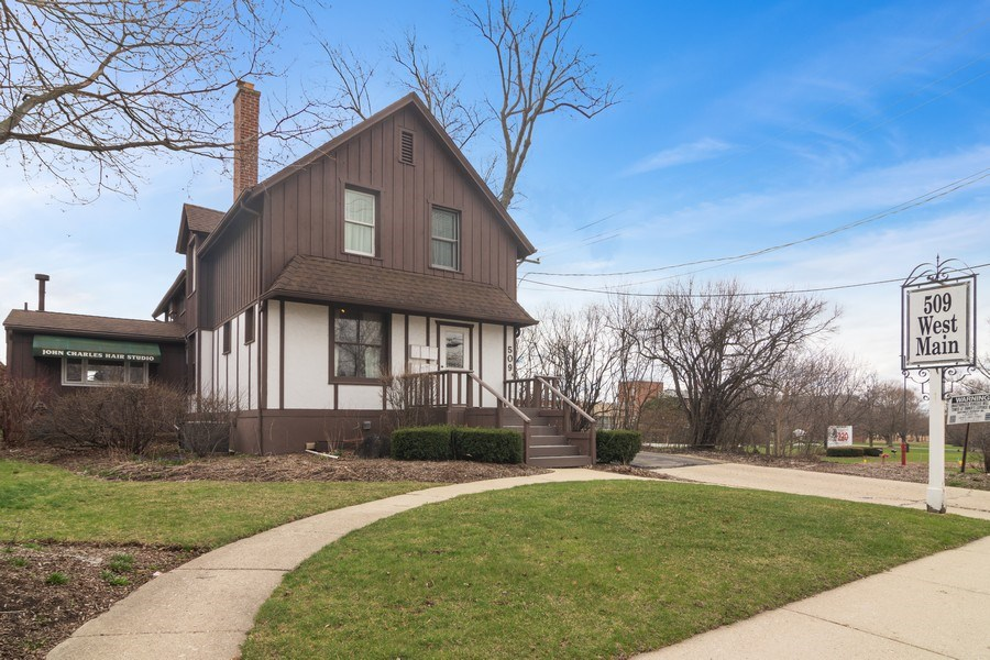 Real Estate Photography - 509 West Main Street, Barrington, IL, 60010 - Front View