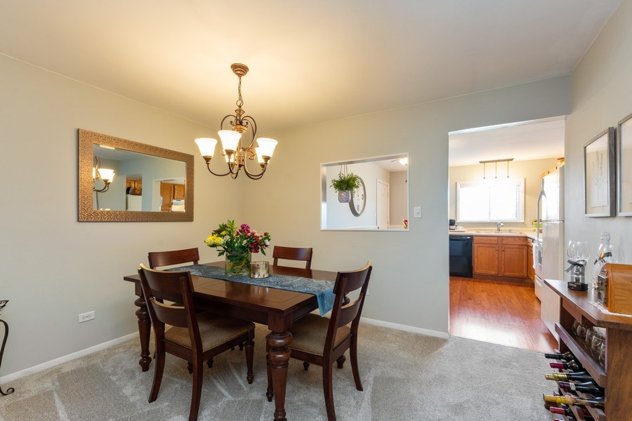 Real Estate Photography - 2219 Nichols, #E, Arlington Heights, IL, 60004 - Kitchen / Dining Room