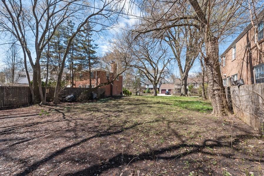 Real Estate Photography - 2041 Hawthorne Ln, Evanston, IL, 60201 - Location 8