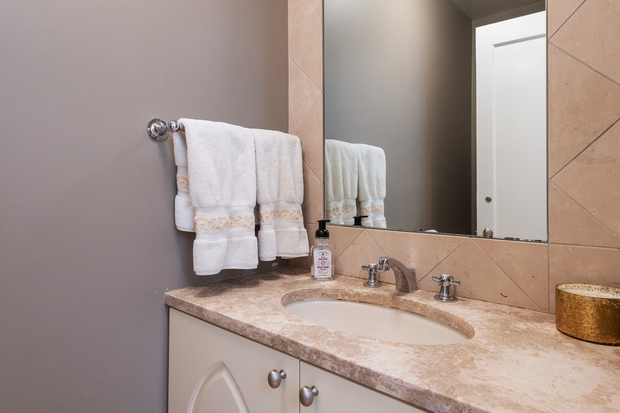 Real Estate Photography - 1839A N. Hudson, Chicago, IL, 60614 - Powder Room