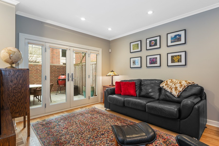 Real Estate Photography - 1839A N. Hudson, Chicago, IL, 60614 - Den