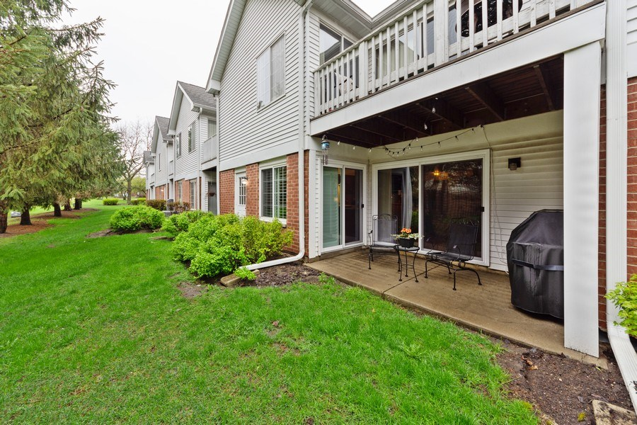 Real Estate Photography - 1723 W. HAWKES STREET, Unit 1, ARLINGTON HEIGHTS, IL, 60004 - Rear View