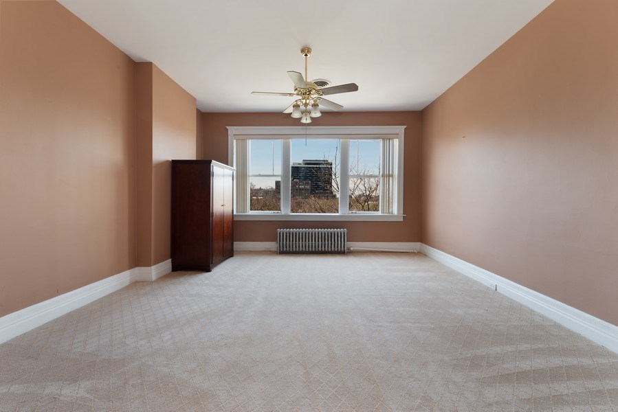 Real Estate Photography - 915 N LaSalle, Chicago, IL, 60610 - Location 2