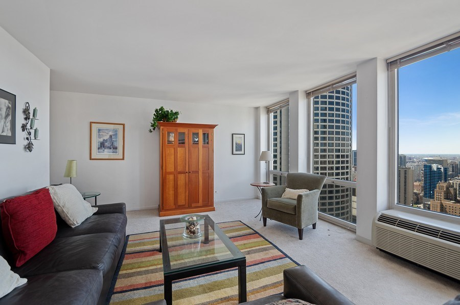 Real Estate Photography - 111 E Chestnut, Unit 44B, Chicago, IL, 60611 - Living Room