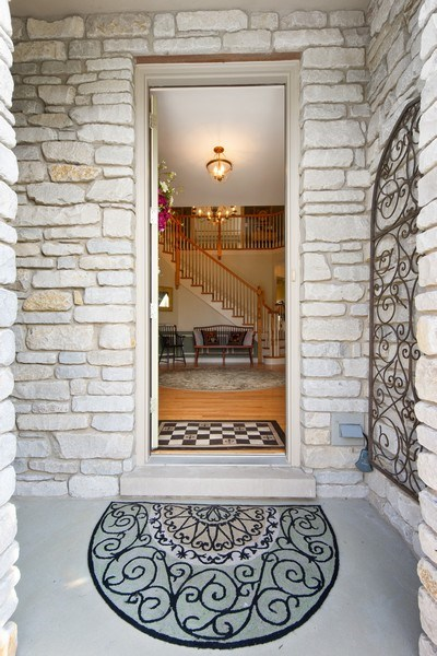 Real Estate Photography - 22393 North Prairie Lane, Kildeer, IL, 60047 - Entryway