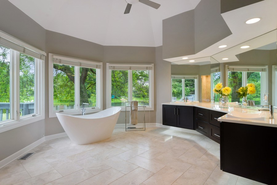 Real Estate Photography - 20823 North Meadow Court, Deer Park, IL, 60010 - Master Bathroom