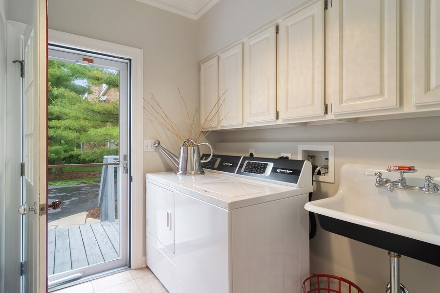 Real Estate Photography - 20823 North Meadow Court, Deer Park, IL, 60010 - Laundry Room