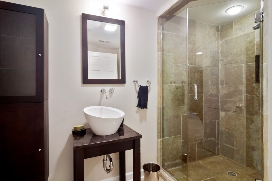 Real Estate Photography - 20823 North Meadow Court, Deer Park, IL, 60010 - 2nd Bathroom
