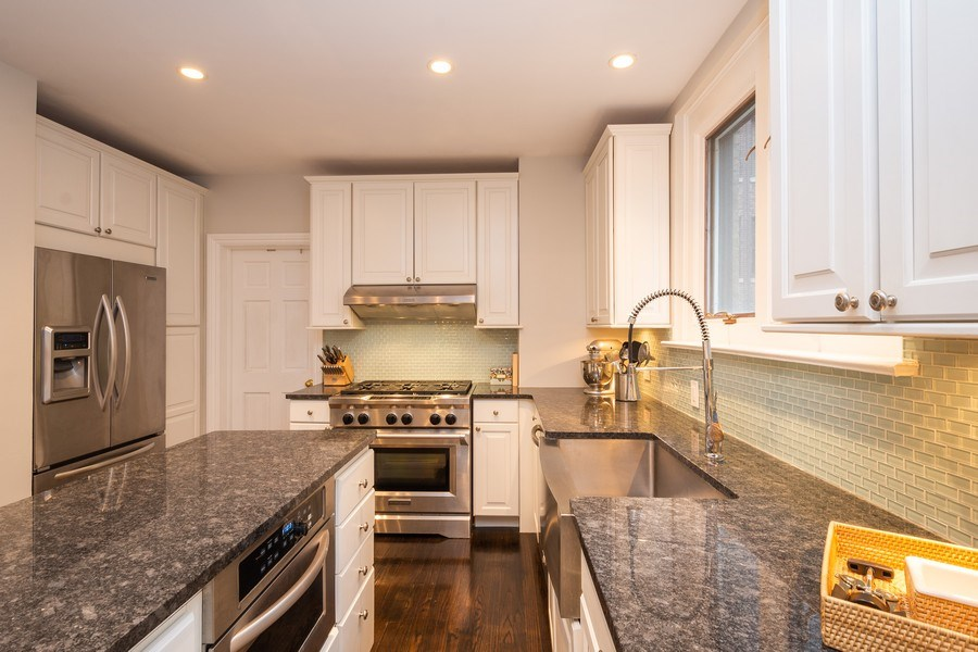 Real Estate Photography - 222 E Chestnut Street, #6B, Chicago, IL, 60611 - Kitchen