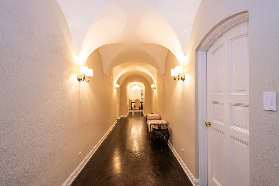 Real Estate Photography - 222 E Chestnut Street, #6B, Chicago, IL, 60611 - Hallway