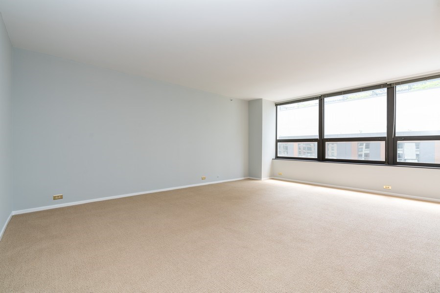 Real Estate Photography - 400 E Ohio St, Unit 604, Chicago, IL, 60611 - Living Room