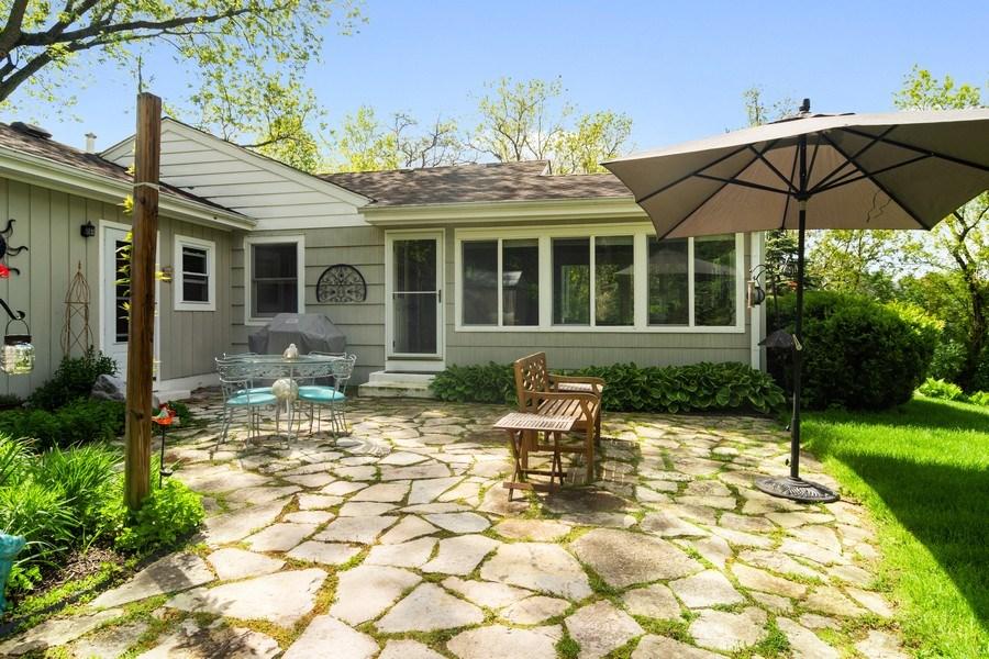 Real Estate Photography - 102 Mohawk Drive, North Barrington, IL, 60010 - Location 2