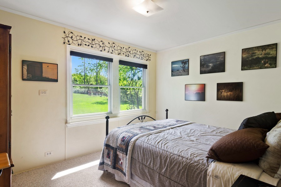 Real Estate Photography - 102 Mohawk Drive, North Barrington, IL, 60010 - 2nd Bedroom