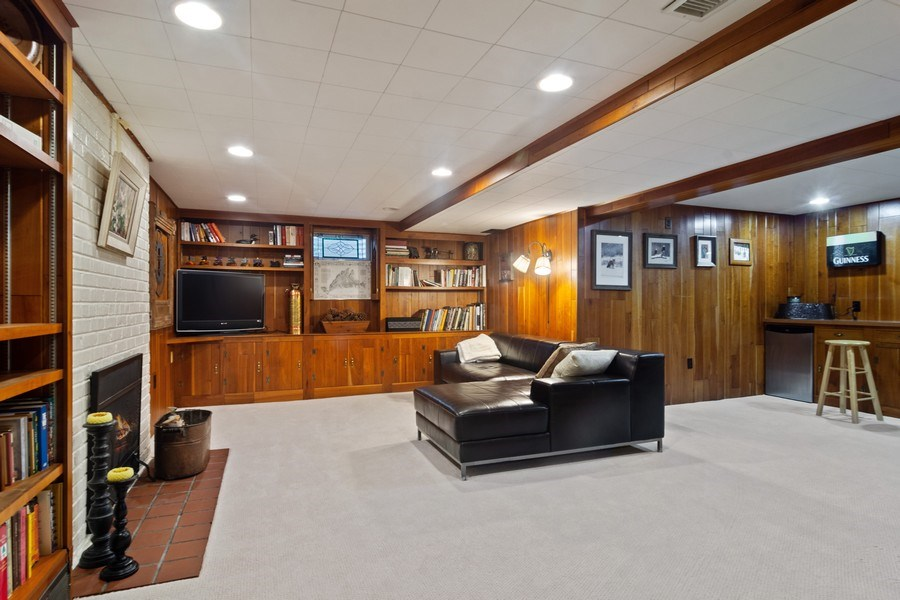 Real Estate Photography - 102 Mohawk Drive, North Barrington, IL, 60010 - Lower Level