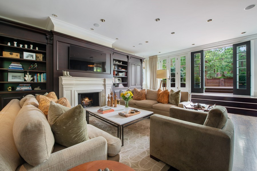 Real Estate Photography - 1239 W. Altgeld, Chicago, IL, 60614 - Great Room