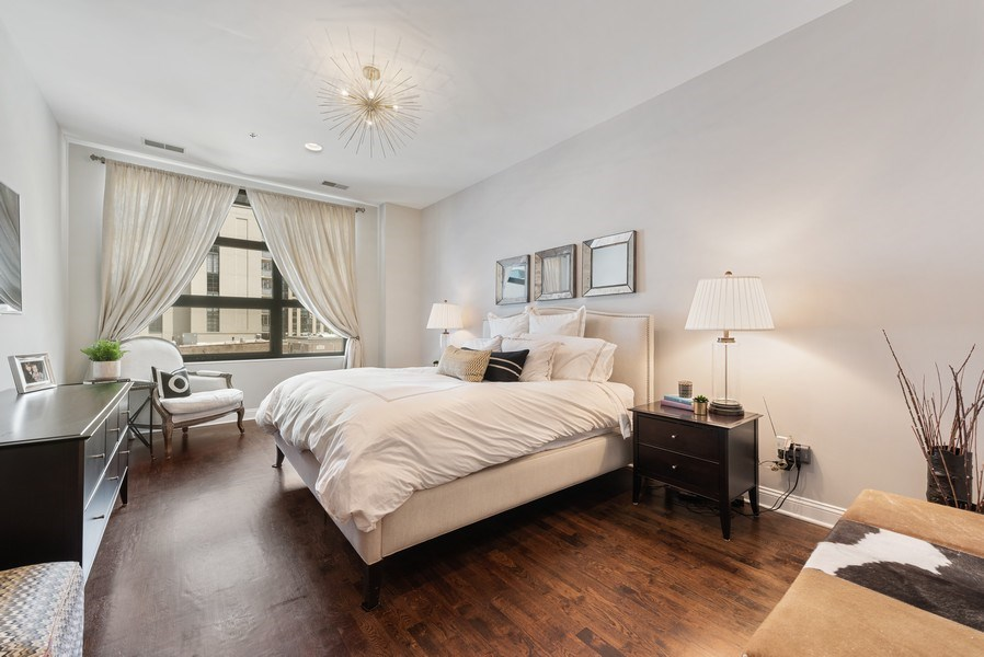 Real Estate Photography - 101 W Superior, Unit 502, Chicago, IL, 60610 - Master Bedroom