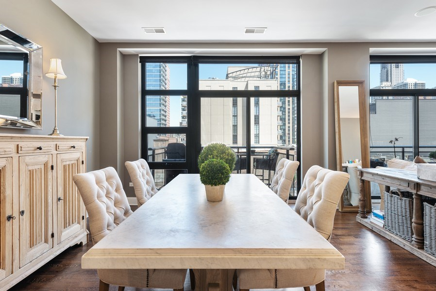 Real Estate Photography - 101 W Superior, Unit 502, Chicago, IL, 60610 - Dining Area