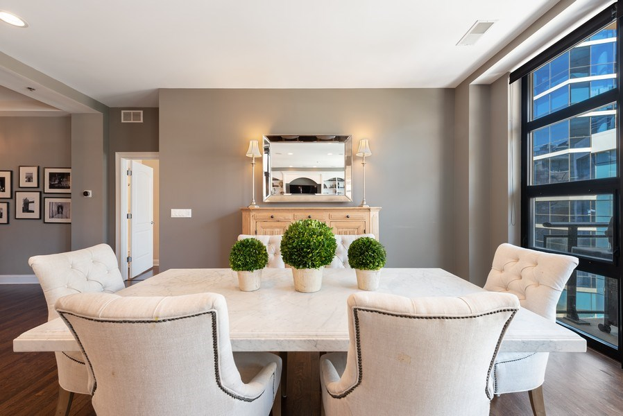 Real Estate Photography - 101 W Superior, Unit 502, Chicago, IL, 60610 - Dining Area 2