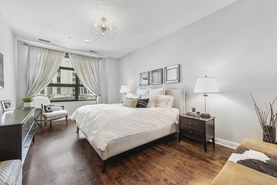 Real Estate Photography - 101 W Superior, Unit 502, Chicago, IL, 60610 -
