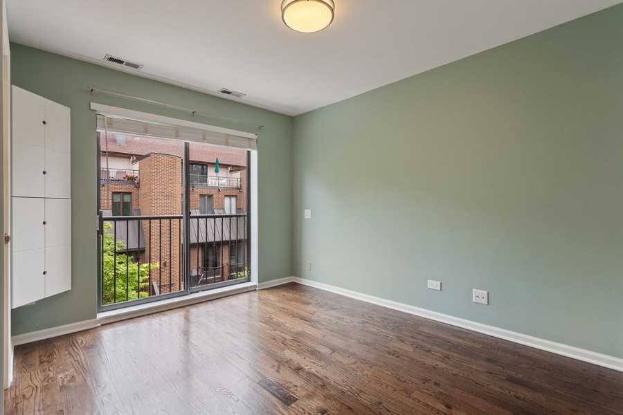 Real Estate Photography - 1306 N Sutton Pl, Chicago, IL, 60610 - 2nd Bedroom