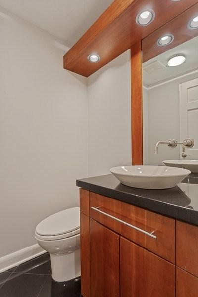 Real Estate Photography - 1306 N Sutton Pl, Chicago, IL, 60610 - Half Bath