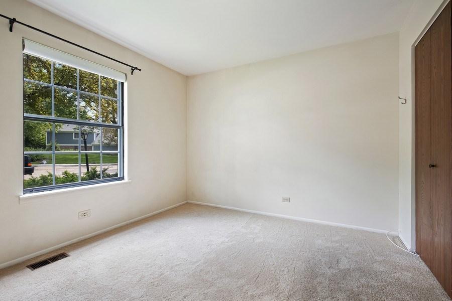 Real Estate Photography - 1180 Northbury Lane #B1, Wheeling, IL, 60090 - 2nd Bedroom