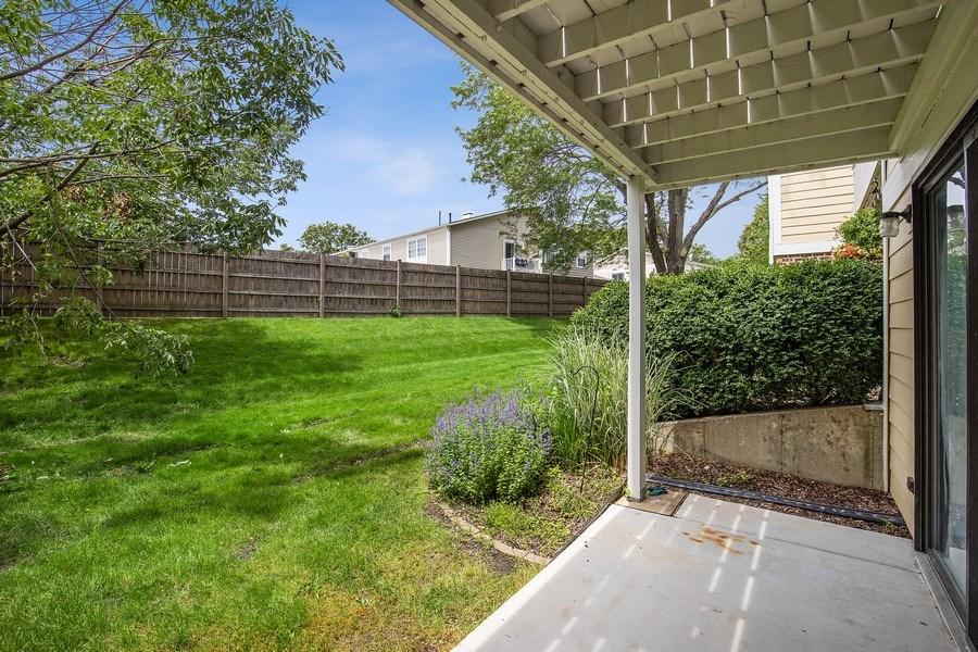 Real Estate Photography - 1180 Northbury Lane #B1, Wheeling, IL, 60090 - Patio