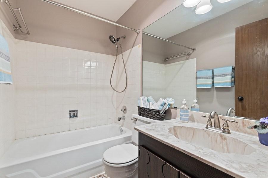 Real Estate Photography - 1180 Northbury Lane #B1, Wheeling, IL, 60090 - 2nd Bathroom