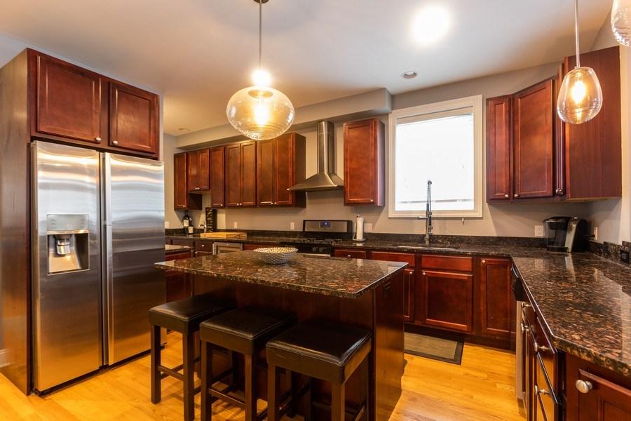 Real Estate Photography - 1704 S. Carpenter, 1B, Chicago, IL, 60608 - Kitchen