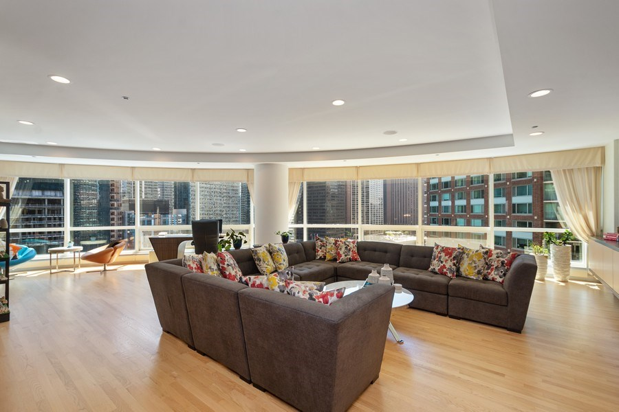 Real Estate Photography - 415 E North Water St, Unit 1605, Chicago, IL, 60611 - Living Room