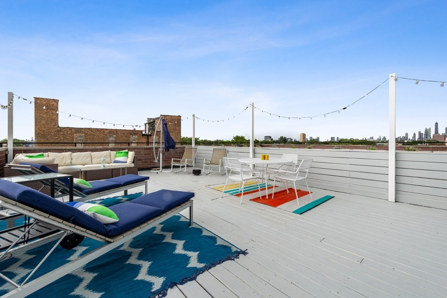 Real Estate Photography - 2144 W Rice St, #3W, Chicago, IL, 60622 - Roof Deck