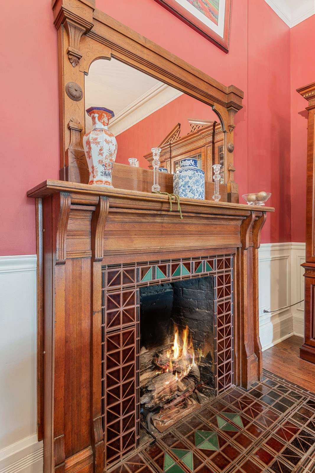 Real Estate Photography - 1728 N Wells St, Chicago, IL, 60614 -
