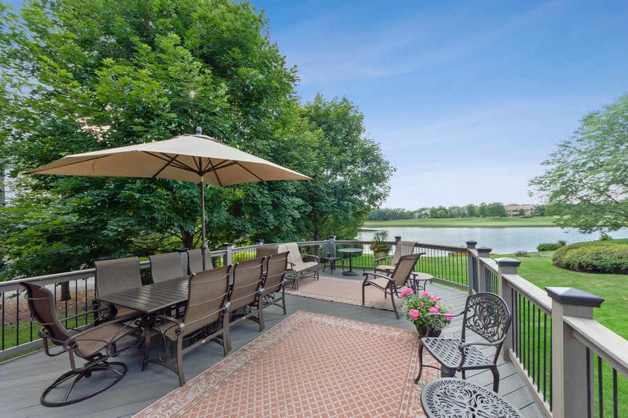 Real Estate Photography - 14 Riderwood, North Barrington, IL, 60010 - Deck