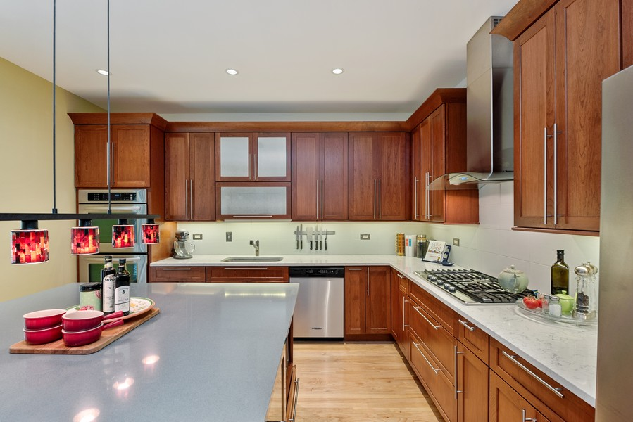 Real Estate Photography - 727 S Racine Ave, #E, Chicago, IL, 60607 - Kitchen