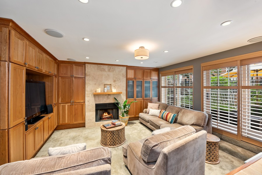 Real Estate Photography - 727 S Racine Ave, #E, Chicago, IL, 60607 - Family Room