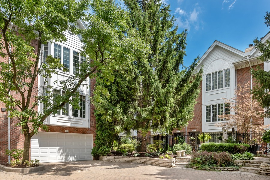 Real Estate Photography - 727 S Racine Ave, #E, Chicago, IL, 60607 - Rear View