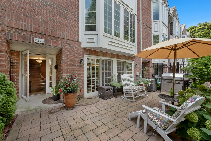 Real Estate Photography - 727 S Racine Ave, #E, Chicago, IL, 60607 - Patio