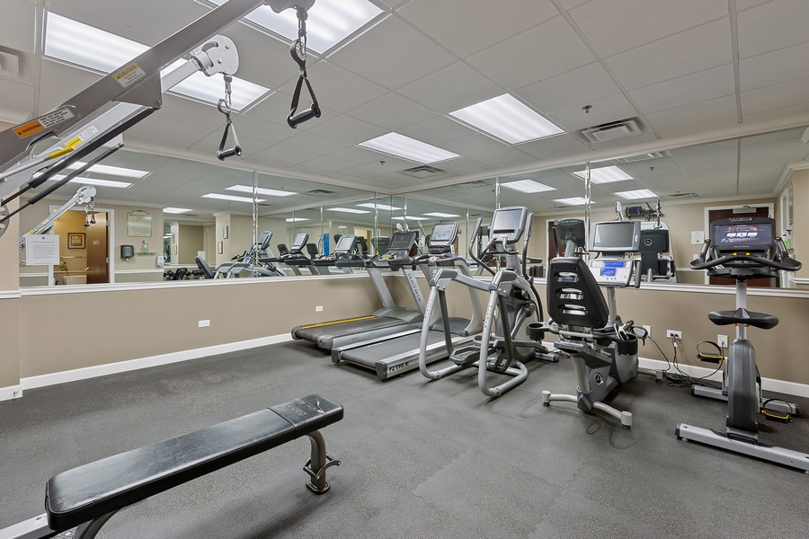 Real Estate Photography - 1400 S Michigan #2107, Chicago, IL, 60605 - Gym
