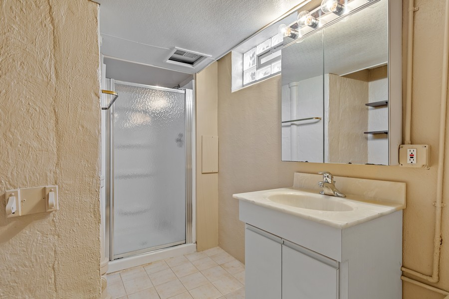 Real Estate Photography - 2451 Sunnyside, Westchester, IL, 60154 - 3rd Bathroom