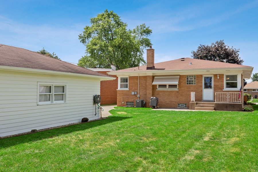 Real Estate Photography - 2451 Sunnyside, Westchester, IL, 60154 - Rear View