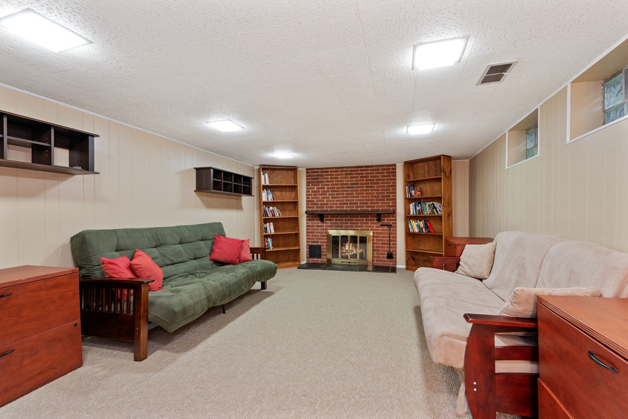 Real Estate Photography - 9515 Drake Ave, Evanston, IL, 60203 - Recreational Room