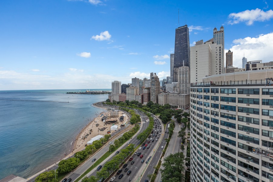 Real Estate Photography - 1212 N Lakeshore Dr, 25AS, Chicago, IL, 60610 - Balcony