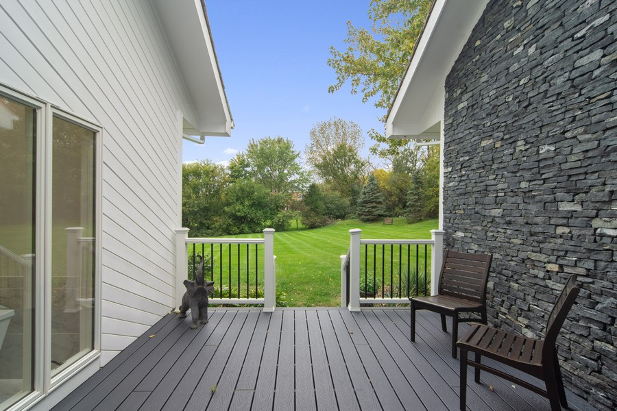 Real Estate Photography - 108 Haman Road, Inverness, IL, 60010 - Deck