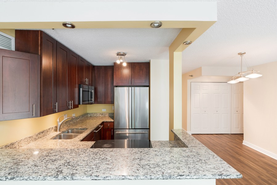 Real Estate Photography - 480 N McClurg Ct, #313, Chicago, IL, 60611 - Kitchen