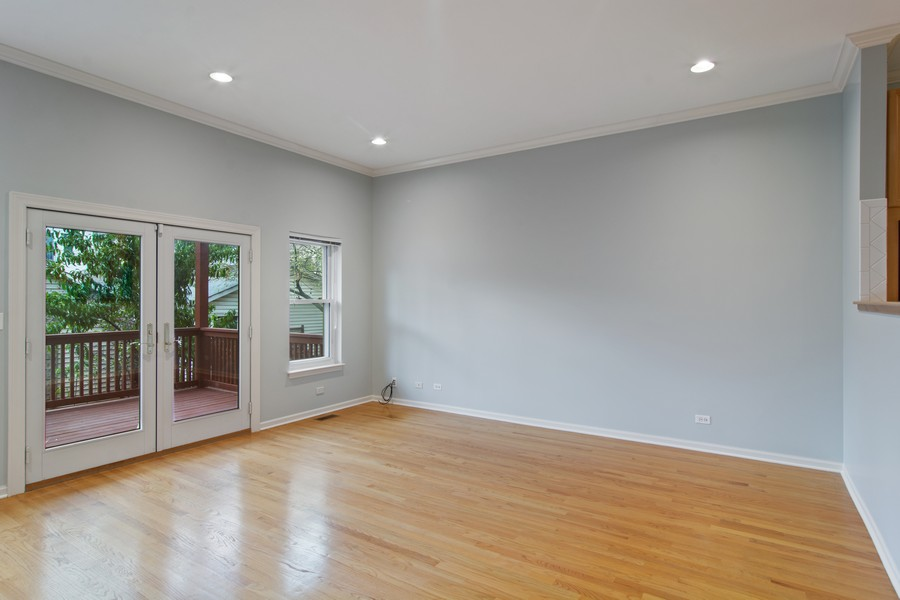 Real Estate Photography - 329 W Goethe, Chicago, IL, 60610 - Family Room