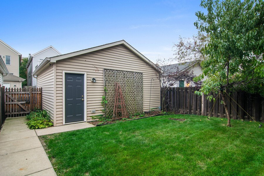 Real Estate Photography - 329 W Goethe, Chicago, IL, 60610 - Garage
